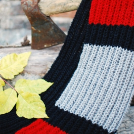 Very long three colored unisex scarf from yarn Gold