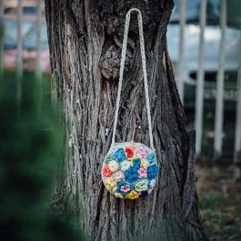 "Crochet round bag with long handle ""Flower Bouquet"""
