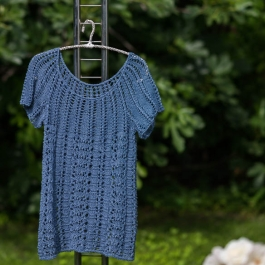Short-sleeved blouse from Eco Love