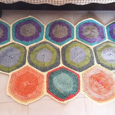 килимче от кадифена прежда