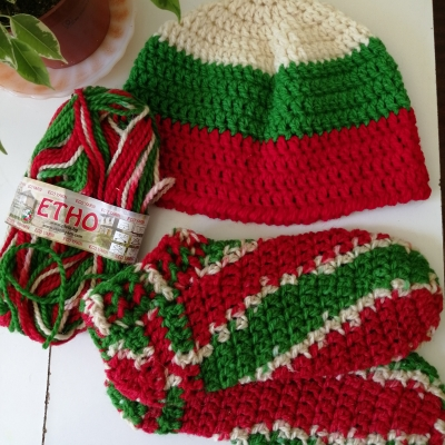 Hat and socks from Stenli Etno